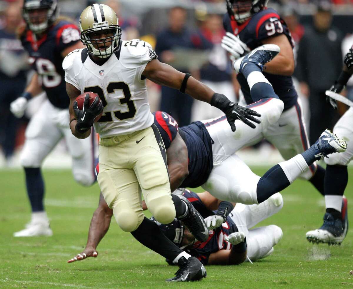 The Saints' quarterbacks had no problem finding open receivers like running back Pierre Thomas and confounded the Texans' secondary with a multitude of misdirection plays for huge chunks of yardage.