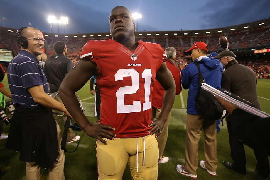 Forty-Niner running back Frank Gore looks into the stands near the end of a game against the Vikings in San Francisco on Sunday, August 25, 2013. Photo: Mathew Sumner, Special To The Chronicle