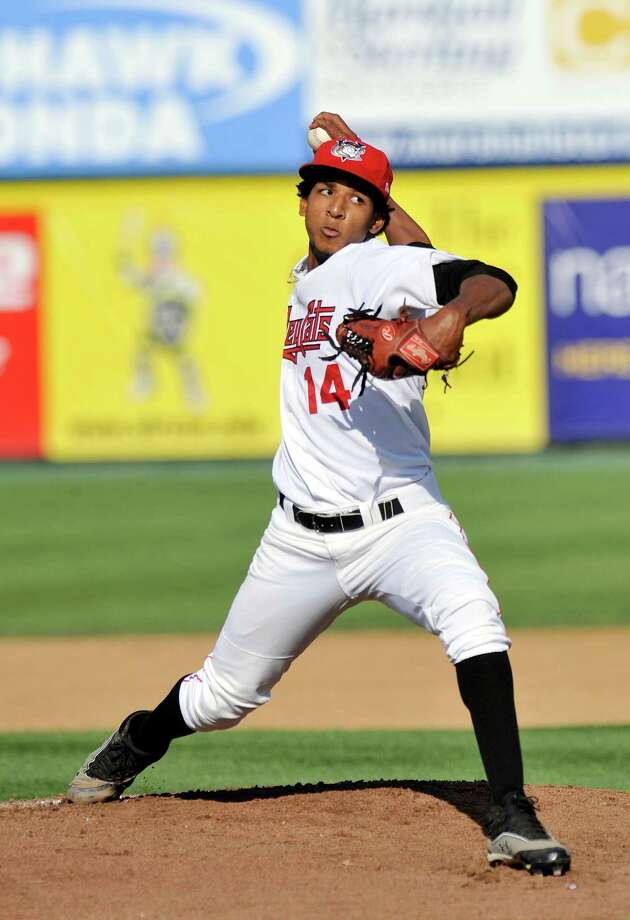 Tri-City Valley Cats' Edisdon Frias pitches against the Staten Island Yankees during a baseball game at Joe Bruno Stadium in Troy N.Y., Sunday Aug. 25, 2013. (Hans Pennink / Special to the Times Union) ORG XMIT: HP102 Photo: Hans Pennink / Hans Pennink