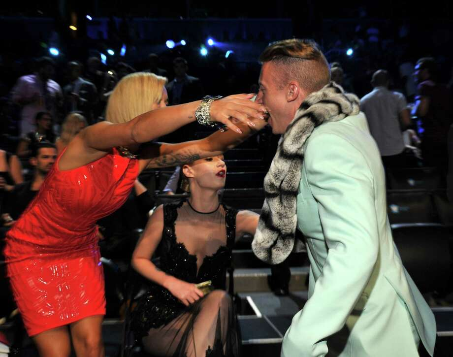 Rita Ora and Macklemore attend the 2013 MTV Video Music Awards at the Barclays Center. Photo: Kevin Mazur, Getty / 2013 Kevin Mazur