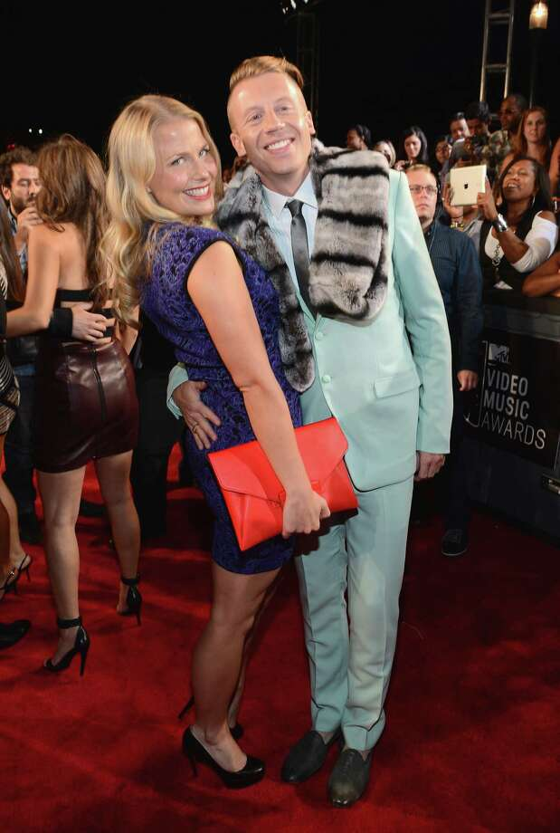Macklemore and Tricia Davis attend the 2013 MTV Video Music Awards. Photo: Larry Busacca, Getty / 2013 Getty Images