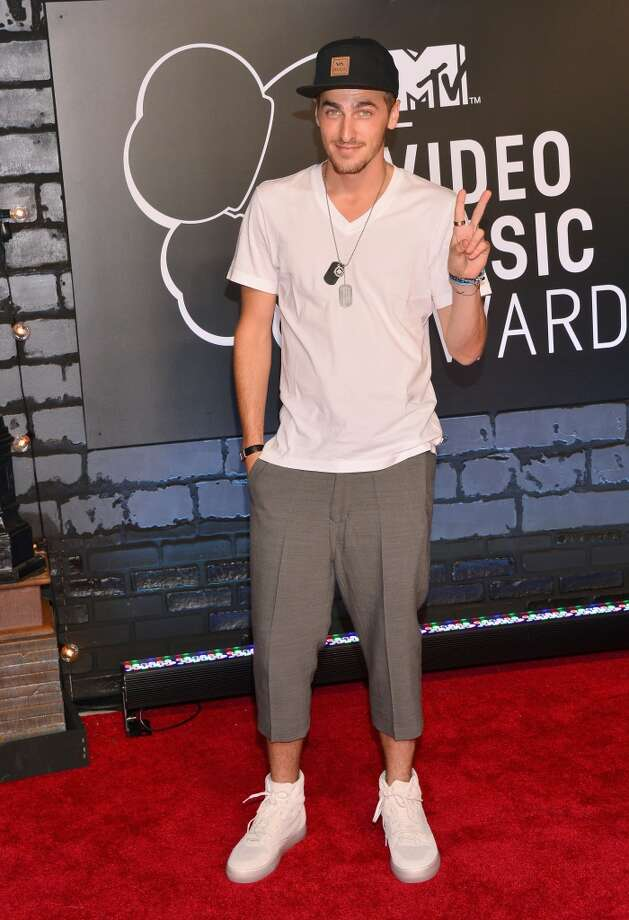 Kendall Schmidt shows Riff Raff how to simplify the man-pri look. Photo: Stephen Lovekin, FilmMagic