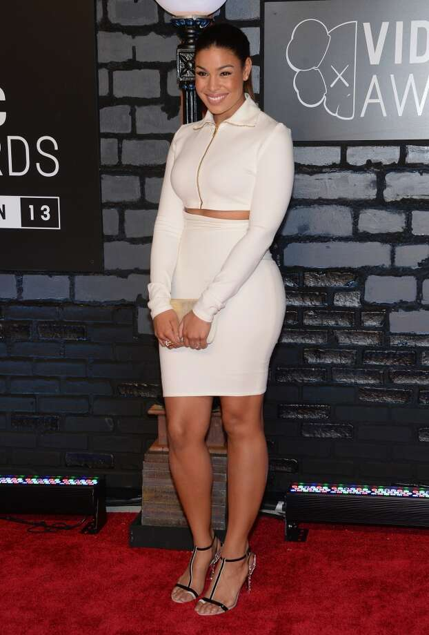 Jordin Sparks keeps the non-midriff midriff trend going strong. Photo: Dimitrios Kambouris, WireImage