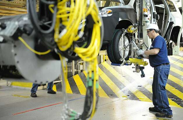 Economy recovering but pay stuck in the doldrums sfgate for Toyota motor manufacturing indiana inc princeton in