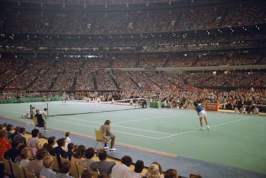 "Billie Jean King tennis player in the ""Battle of the Sexes"" tennis match with Bobby Riggs, the 55-year-old veteran, at the Houston Astrodome in Houston, Texas on Sept. 20, 1973. Photo: ASSOCIATED PRESS"