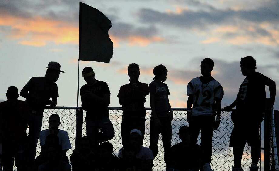 East Chambers fan watch the game against Hardin Jefferson in perfect football weather at Each Chambers High School in Winnie, Friday,  September 16, 2011. Tammy McKinley/The Enterprise Photo: TAMMY MCKINLEY