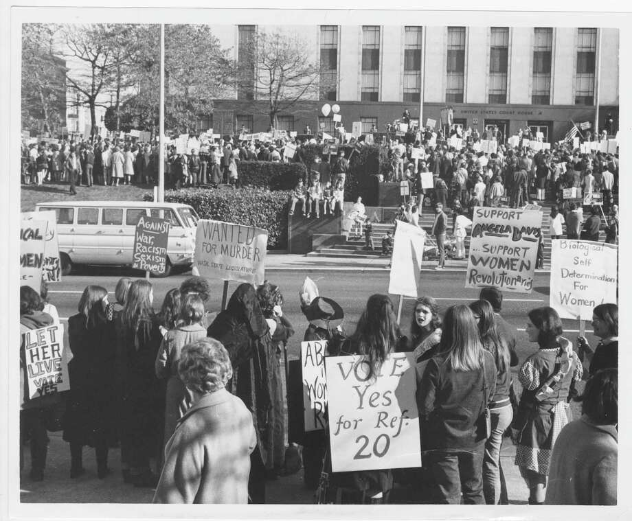 Abortion rights rally at Federal Courthouse, Seattle, 1970. Photo: Phil H. Webber/Copyright MOHAI, Seattle Post-Intelligencer Collection, 2000.107_print_AbortoinSeattleWashington_002_copy Photo: Phil H. Webber, Copyright MOHAI, Seattle Post-Intelligencer Collection / Copyright Museum of History & Industry