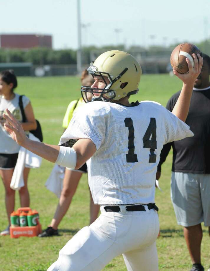 Foster quarterback Luke Lionberger and the Falcons will get introduced to the 2014 season quickly, hosting powerhouse Brenham Friday. Photo: Eddy Matchette, Freelance / Freelance