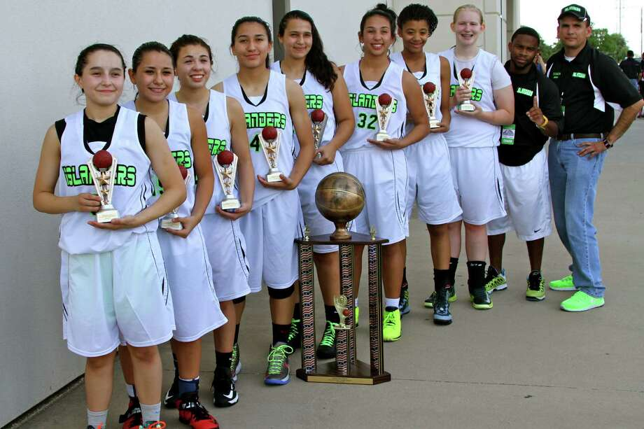 The San Antonio Islanders, a non-profit youth basketball team, won the Prime Time Sports national championship for ninth and 10th graders.