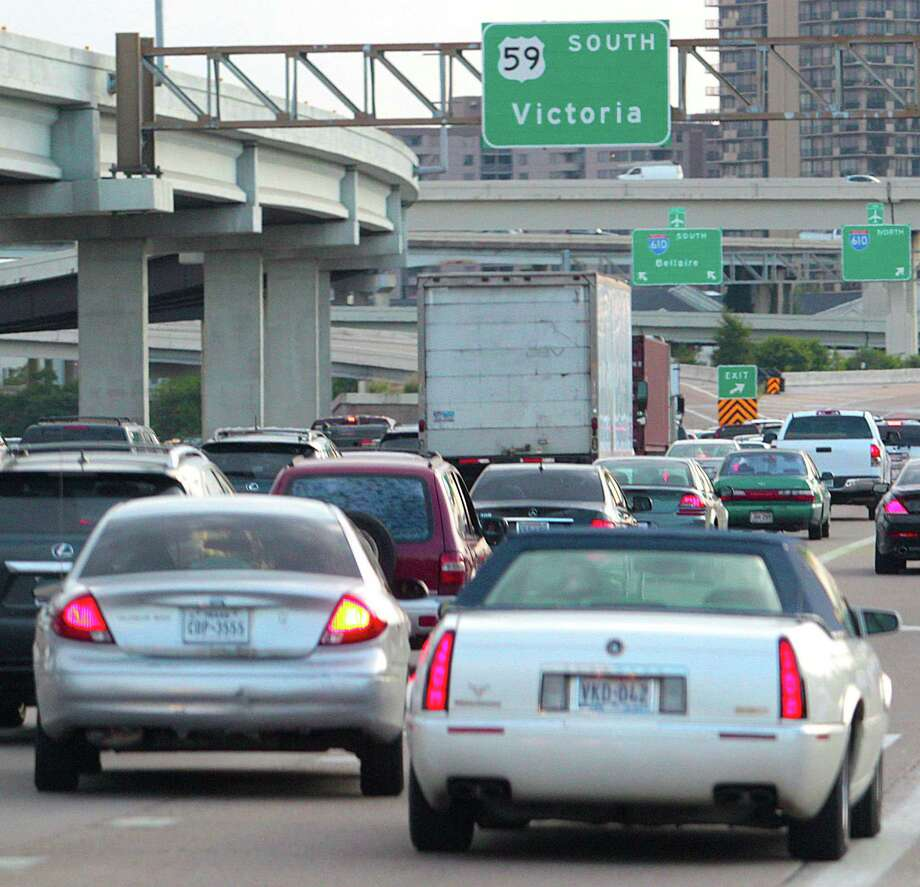 A typical view for drivers southbound on U.S. 59 at Loop 610 - lots of brake lights, but little movement. / Houston Chronicle