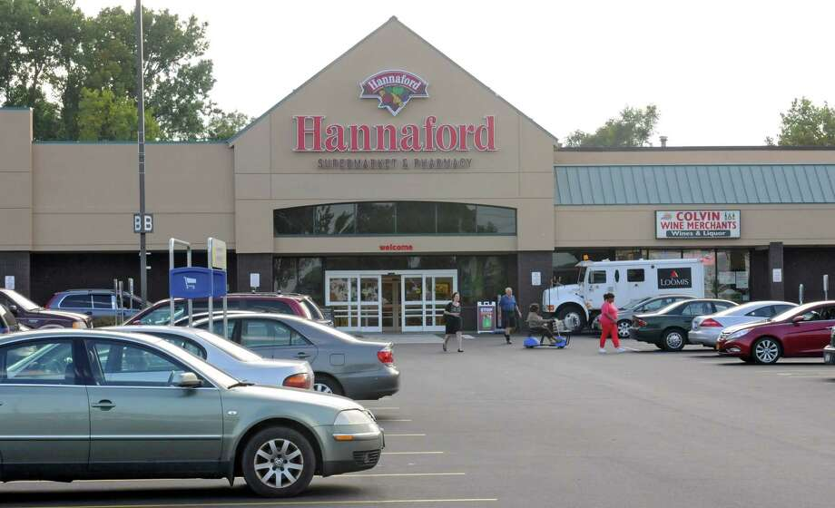 Exterior of the Hannaford supermarket Tuesday, Aug. 27, 2013, on Central Ave.  in Albany, N.Y. A new free health and fitness center is slated to open inside the supermarket. It will include group exercise classes, nutrition seminars, and the opportunity to buy health insurance. (Lori Van Buren / Times Union) Photo: Lori Van Buren / 00023660A