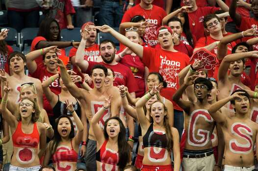 UH fans will be able to cheer on their Coogs five times at Reliant Stadium this season. Photo: Smiley N. Pool, Houston Chronicle / © 2012  Houston Chronicle
