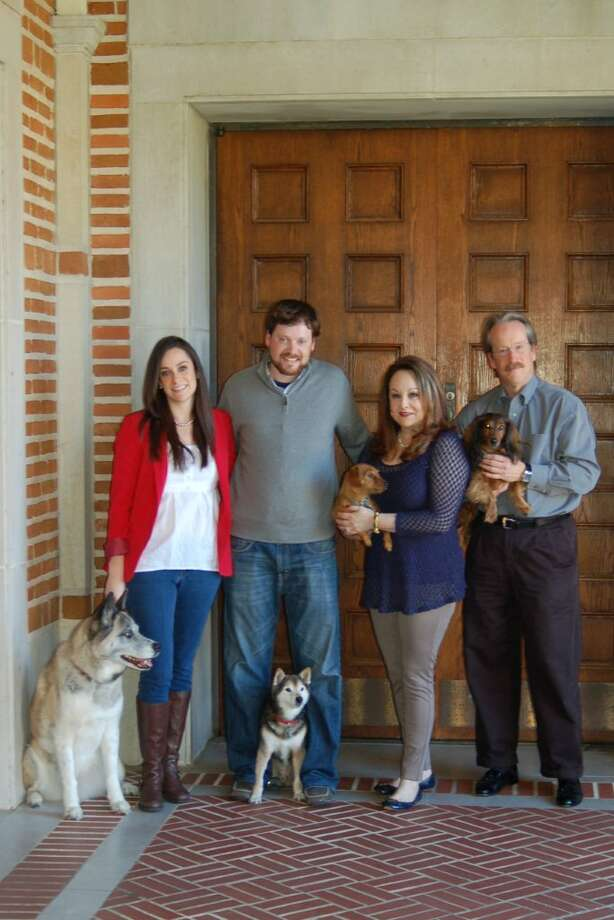 Linda and Patrick Magill with Shaun, Natalie and pets at the Rice University campus. Photo: Dr. Kelly Best Bourgeois