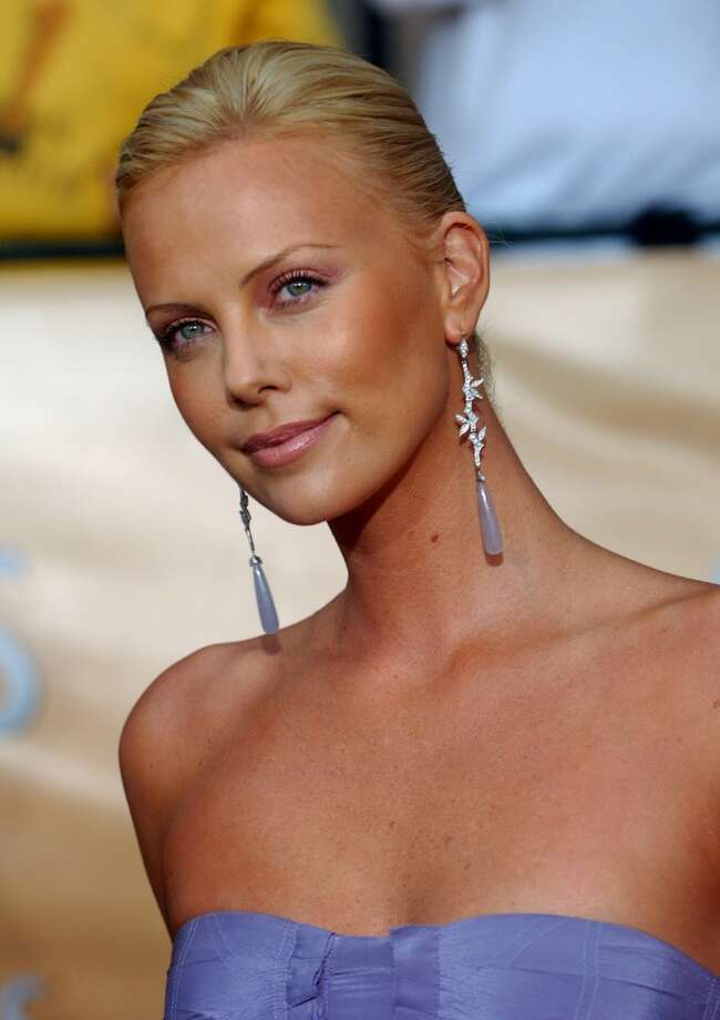 Charlize Theron after she dropped the 30 pounds she gained ... Photo: CHRIS PIZZELLO, AP