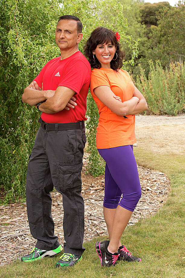 Father/Daughter team Hoskote (left) and Naina Venkatesh (right)compete in a sprint around the globe for $1 million dollars on the new season of THE AMAZING RACE, premiering Sunday, Sept. 29 (8:00-9:00 PM, ET/PT) on the CBS Television Network.  Photo: Cliff Lipson/CBS ©2013 CBS Broadcasting, Inc. All Rights Reserved. Photo: Cliff Lipson, ©2013 CBS Broadcasting, Inc. All Rights Reserved. / ©2013 CBS Broadcasting, Inc. All Rights Reserved.
