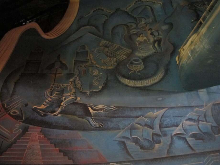 "Pedro Terán's ""black light"" murals depict the histories of Mexico and Texas. Photo: Benjamin Olivo, MySA.com"