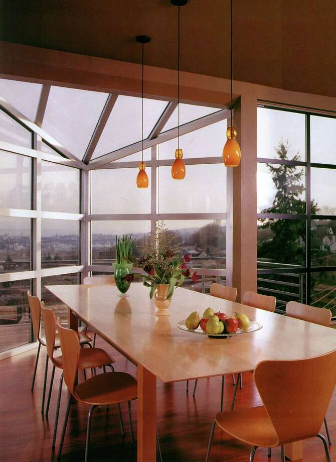 Dining room of Atrium house, 3202 10th Ave. W., in Seattle, by Castanes Architects. Photo: Castanes Architects