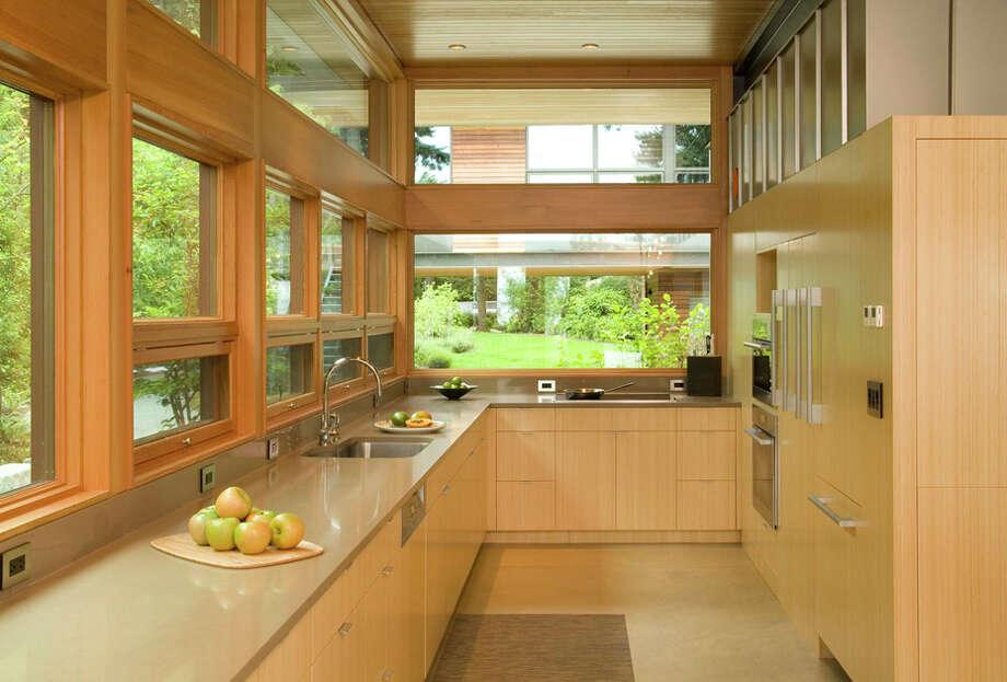 Kitchen of the Ellis Residence, 7268 Madrona Drive, on Bainbridge Island, by Coates Design Architects. Photo: Roger Turk, Northlight Photography