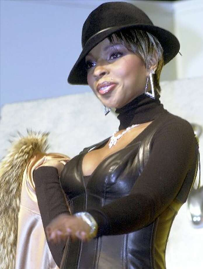16. All Access: Front Row. Backstage. Live! (featuring Mary J. Bige) (2001). $992,683. Photo: AP
