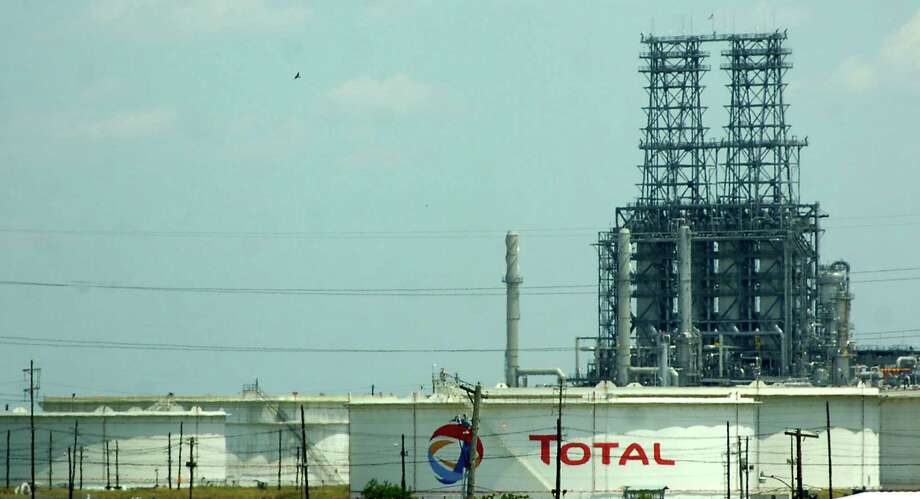 Total Port Arthur Refinery.   Enterprise file photo.  Photo: Dave Ryan