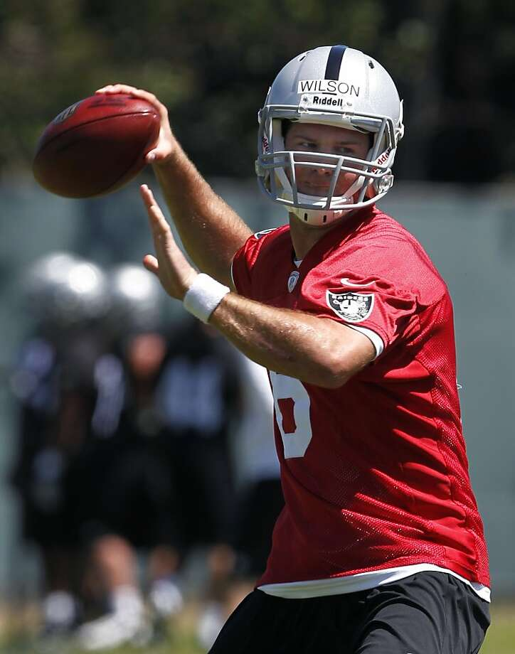 Twice-cut QB Tyler Wilson was claimed by the Titans Photo: Paul Chinn, The Chronicle