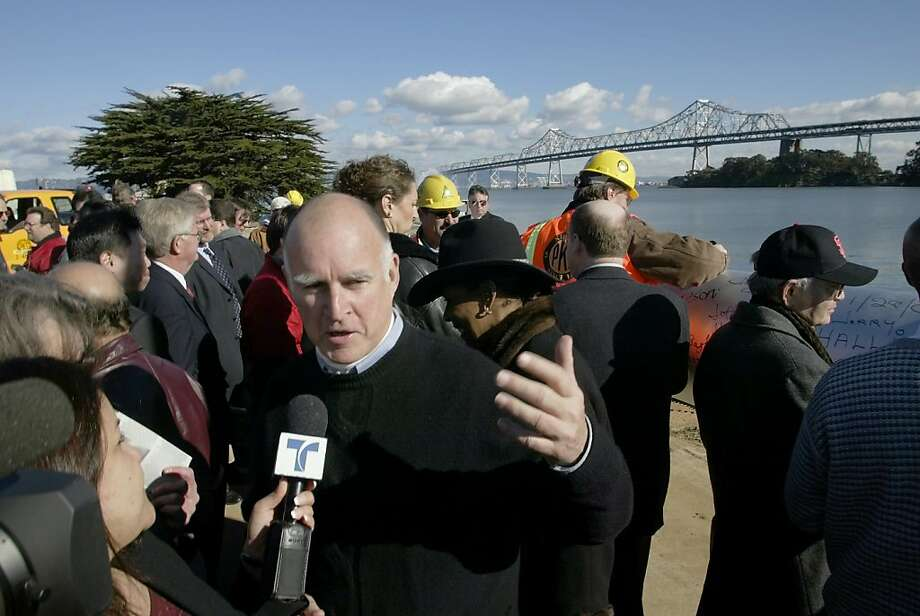 OAKMAYORE-C-29JAN02-MT-CG --- Oakland Mayor Jerry Brown speaks with a local television station following groundbreaking ceremonies for the new portion of the Bay Bridge on Treasure Island on Tuesday, January 29, 2002.  (Photo by Carlos Avila Gonzalez/The San Francisco Chronicle) Photo: Carlos Avila Gonzalez, SFC