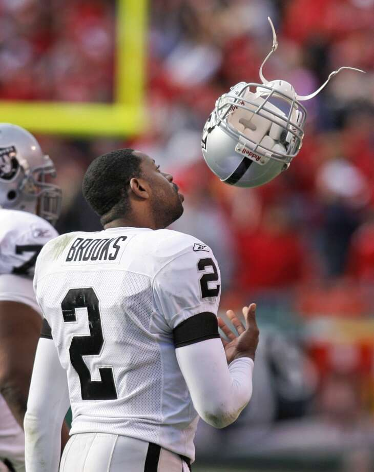 After three mediocre years with the New Orleans Saints, Aaron Brooks really turned things around with the Raiders... just kidding. He lost all eight of his starts in 2006 and threw three TDs to eight interceptions. Photo: ED ZURGA, AP