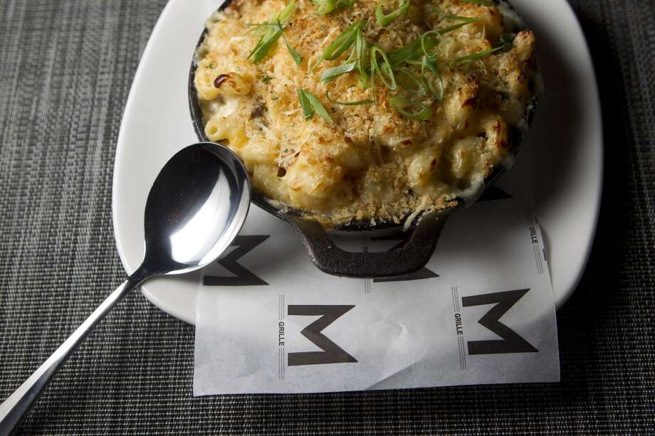 Smokey Joe's mac 'n cheese at Morton's Grille. Photo: Johnny Hanson, Houston Chronicle
