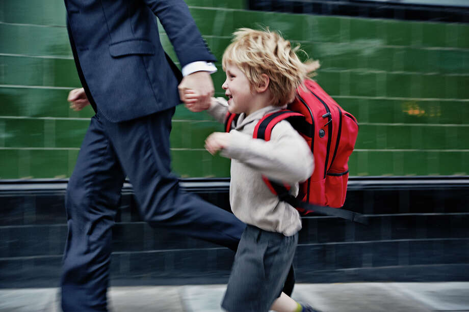 Backpack Safety America MonthDon't let backpacks hurt you. Photo: Frank Herholdt, Getty Images / (c) Frank Herholdt