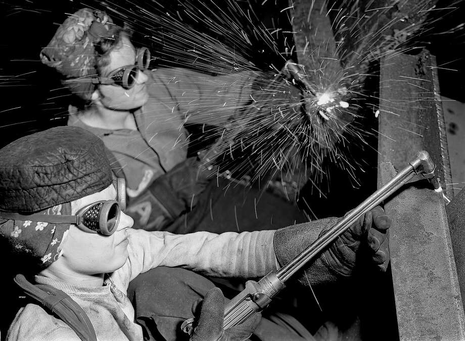 Welders, 1942 Photo: Margaret Bourke-White, Time Life / Time & Life Pictures