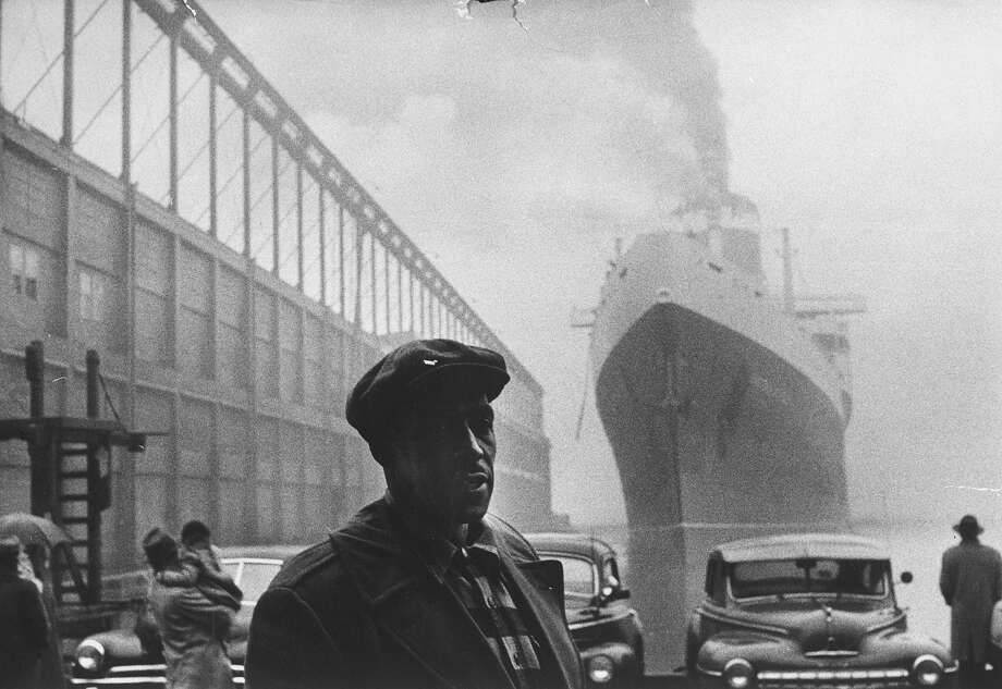 Dockworker Archie Harris, 1957 Photo: Gordon Parks, Time Life / Time Life Pictures