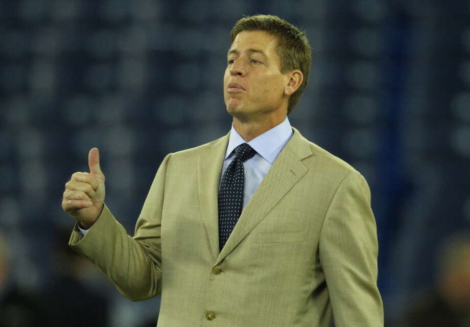 It's Troy Aikman. Photo: Tom Szczerbowski, Getty Images / 2011 Tom Szczerbowski
