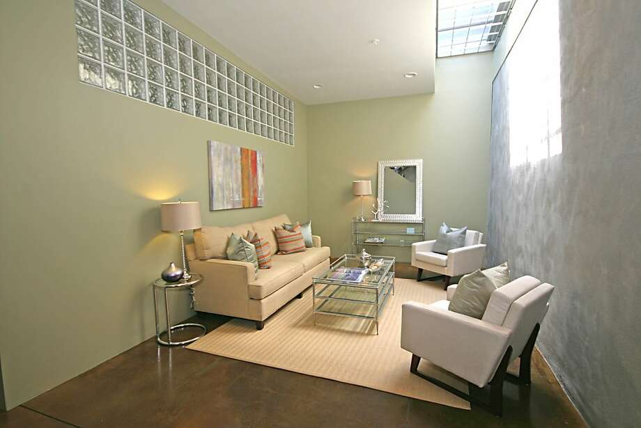 2709 10th St. Unit C, $675,000 Photo: Debbie Newton
