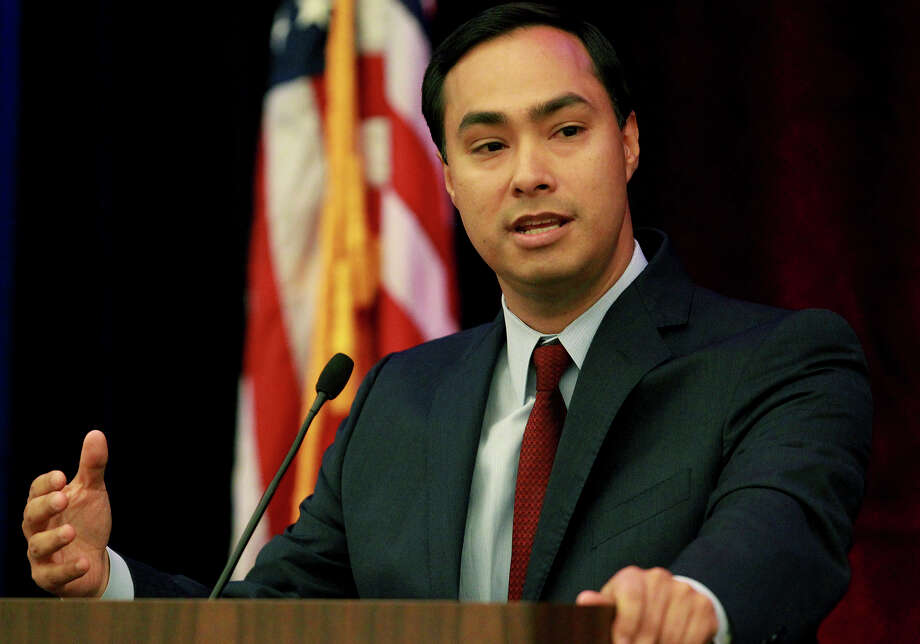 Readers continue to weigh in on U.S. Rep. Joaquin Castro, D-San Antonio, call for a boycott of Buc-ee's because it's owners endorsed state Sen. Dan Patrick, R-Houston, for lieutenant governor. Photo: JOHN DAVENPORT, SAN ANTONIO EXPRESS-NEWS / ©San Antonio Express-News