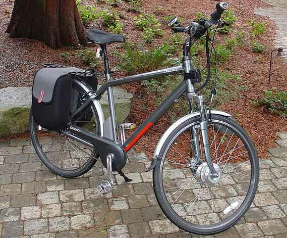 An electric-assist Giant hybrid bike similar to this one was stolen from the Colonie garage of Fritz Dorr, 67, a retired postal clerk who is in the early stages of dementia.  Dorr is offering a $500 reward.