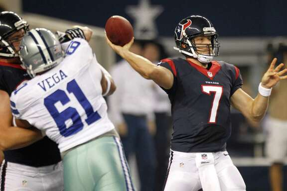 Texans backup quarterback Case Keenum (7) completed nine of 13 pass attempts for 128 yards and a touchdown Thursday night against the Cowboys.