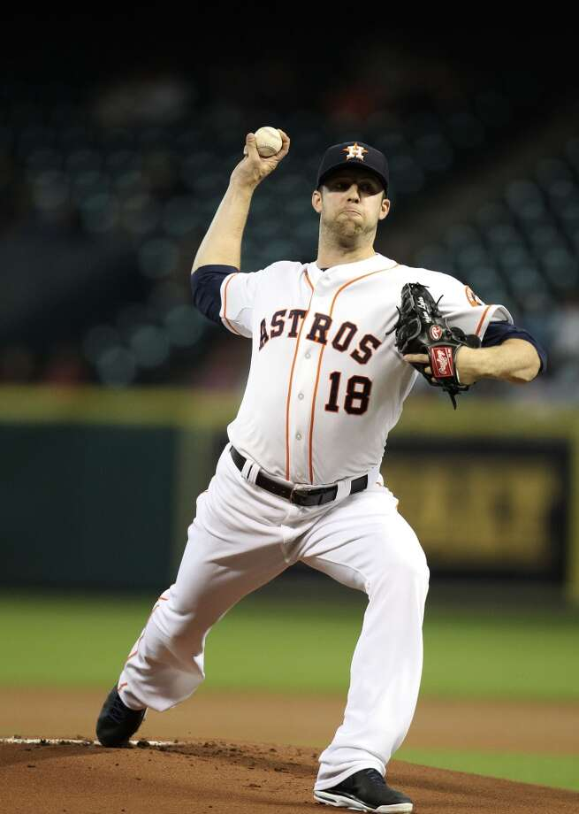Aug. 29: Mariners 3, Astros 2  Astros starting pitcher Jordan Lyles pitches. Photo: Karen Warren, Houston Chronicle