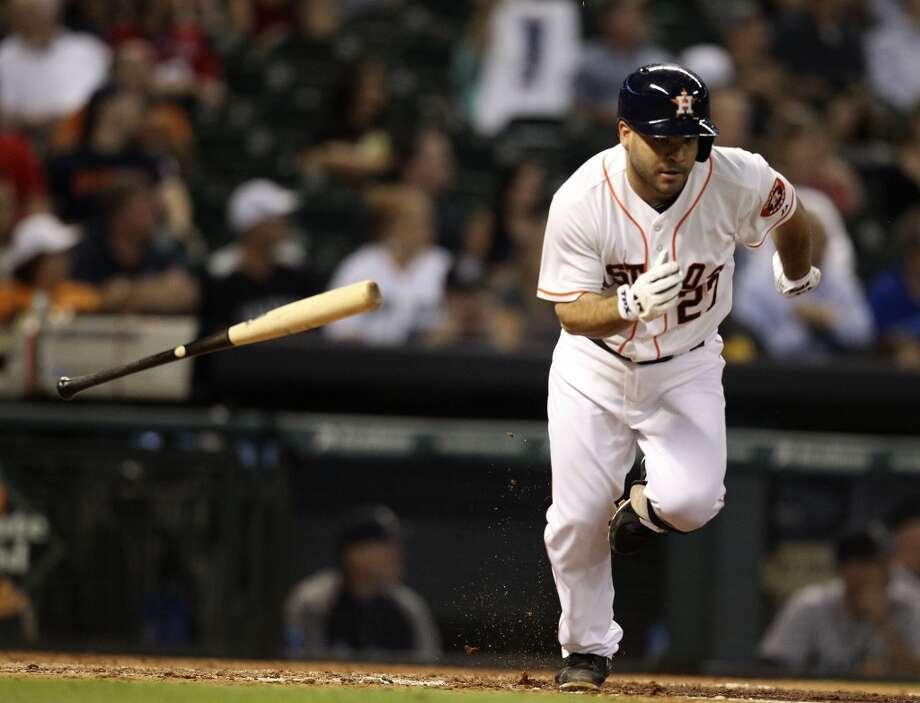 Astros second baseman Jose Altuve runs after hitting a double. Photo: Karen Warren, Houston Chronicle