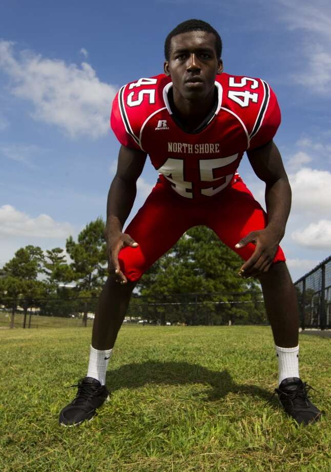 The year of the linebacker Recruiters flock to Houston to find their next superstars. This season, linebackers have the early lead. The Rivals.com preseason top 100 from Texas has 13 linebackers - six from Houston. North Shore's Zach Whitley leads the group, with the Alabama verbal commit followed by Cypress Falls' Otaro Alaka (Texas), La Porte's Hoza Scott (Texas A&M), Klein Oak's Josh Mabin (Oklahoma State), Pearland's Justin Phillips (Oklahoma State) and Summer Creek's Dakota Allen (Texas Tech). The group also features Katy's Jake Blomstrom, Hightower's Matthew Adams (UH), Strake Jesuit's Emmanuel Ellerbee (Rice), Reagan's Trevor O'Reilly, Kinkaid's William Clement (New Mexico State) and Bellaire's Brelynd Goods. Photo: J. Patric Schneider, For The Chronicle
