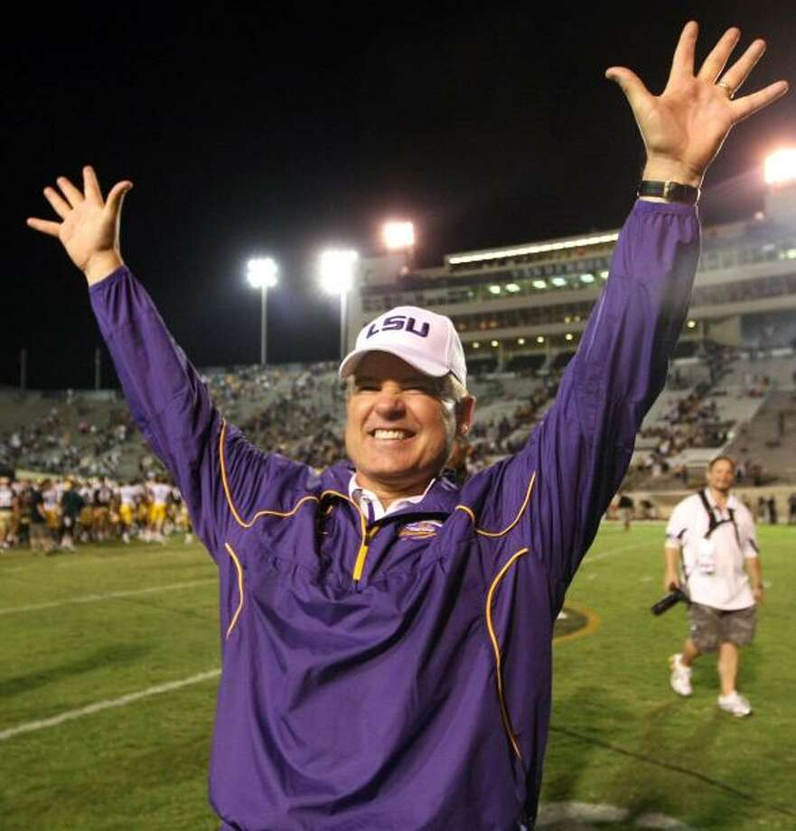 Les Miles figures to enjoy more first week success with TCU.