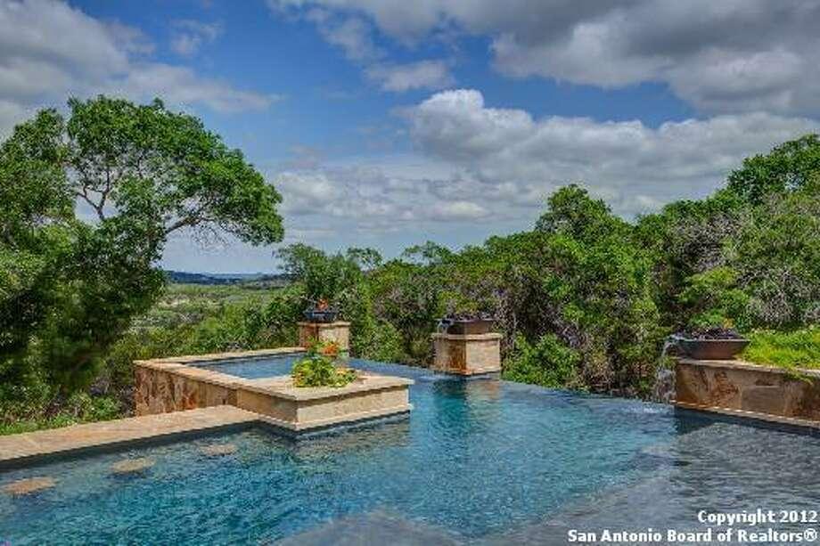 24818 Caliza Ter Boerne, TX 78006-8590 Photo: San Antonio Board Of Realtors