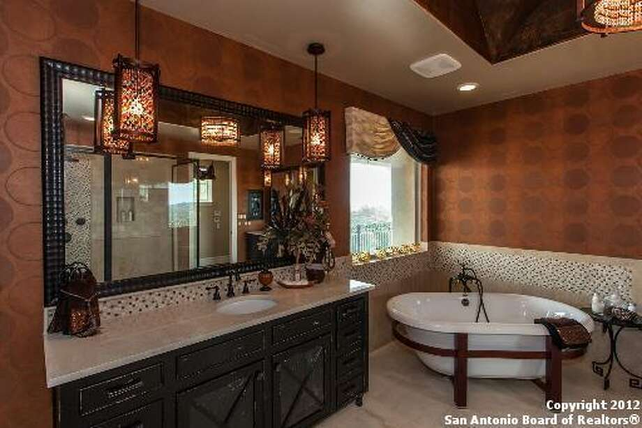 24818 Caliza Ter Boerne, TX 78006-8590 Photo: San Antonio Board Of Realtors