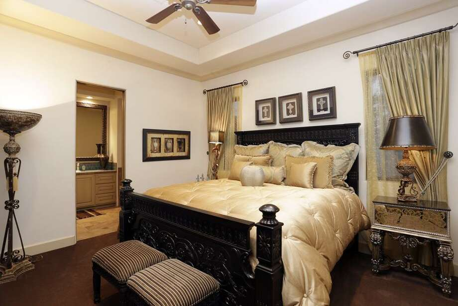 Listing agent: Patricia Garrison