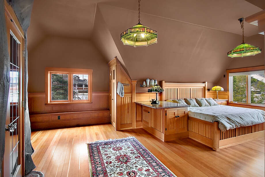 Bedroom of 1610 Palm Ave. S.W. It's listed for $1,395,000. Photo: Courtesy Adam Cobb, Windermere Real Estate