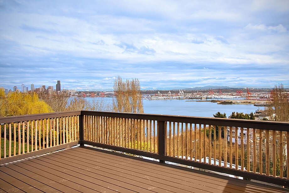 Deck of 1610 Palm Ave. S.W. It's listed for $1,395,000. Photo: Courtesy Adam Cobb, Windermere Real Estate