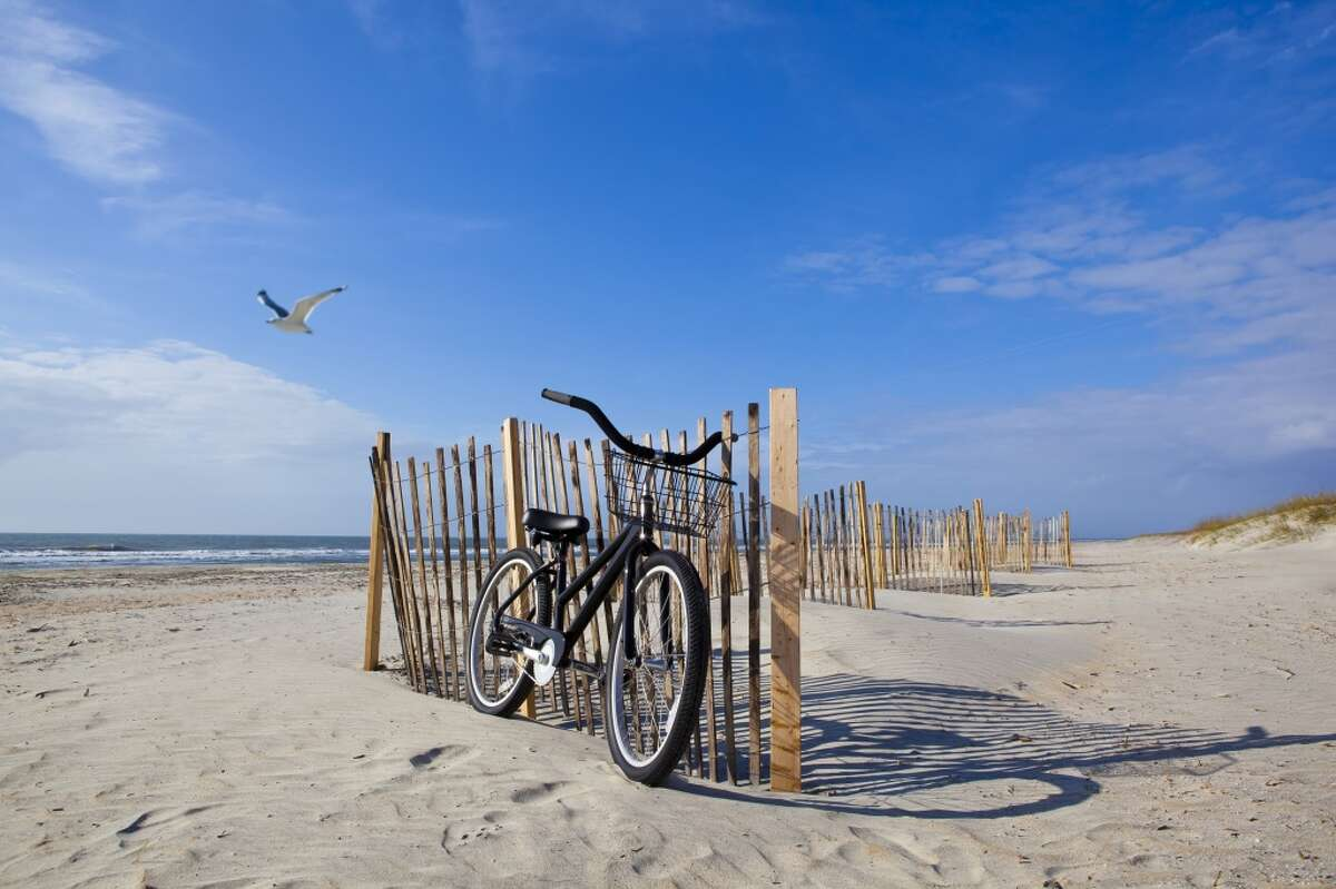 For a full day or weekend of adventure, take a scenic boat trip from New London to Block Island. Once there you can rent bikes or mopeds, go horseback riding, surfing, sailing and more. Find out more.