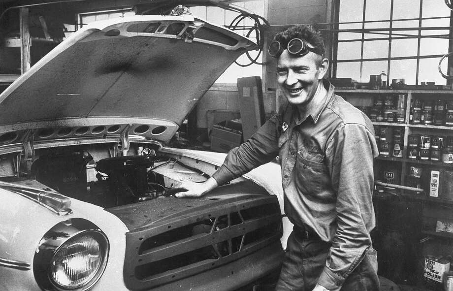 Mechanic, 1959 Photo: Hanson Carroll, Time Life / Time Life Pictures