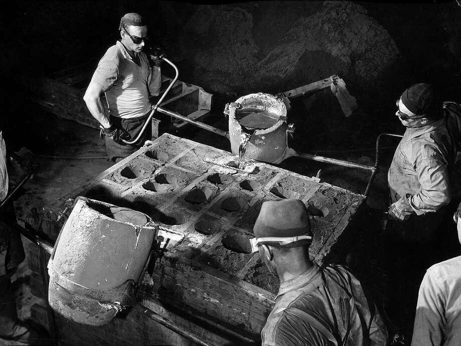 Foundry workers, 1939 Photo: Margaret Bourke-White, Time Life / Time & Life Pictures