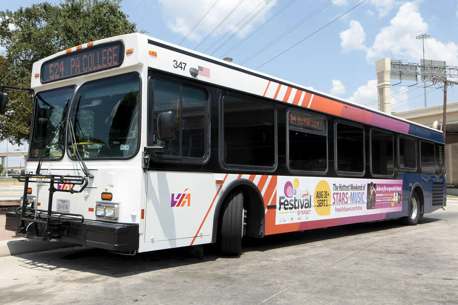 VIA Metropolitan Transit also donated $16,000 worth of advertising for the Festival People en Español. A sign for it can be seen on a bus at the Crossroads Park & Ride. Photo: Marvin Pfeiffer / San Antonio Express-News