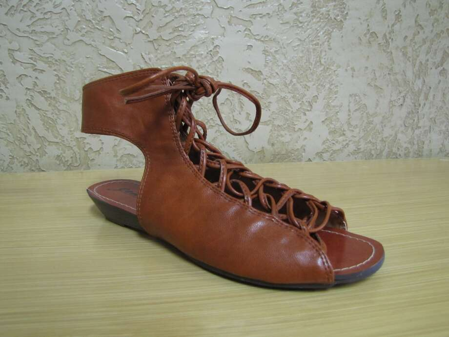Lace-up sandal, Simply Chic, Nederland, Sale, $19 Photo: Cat5